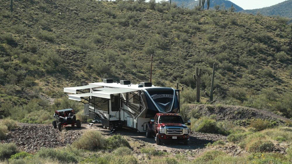 Caravane à sellette cargo