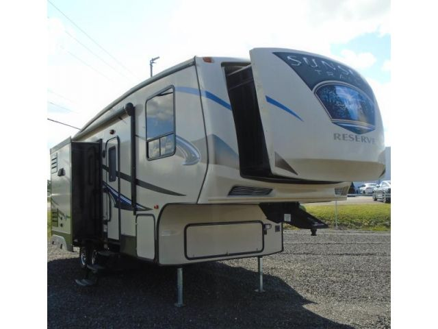 Used CrossRoads Sunset Trail FW 26RB