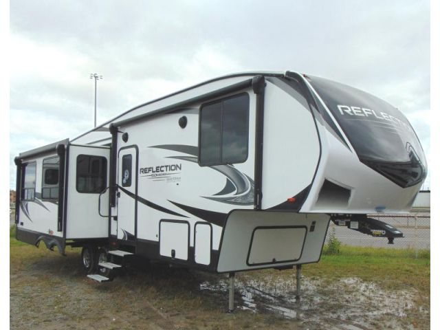 Fifth Wheel Travel Trailer Grand Design Reflection 150 Series 295RL Pebble
