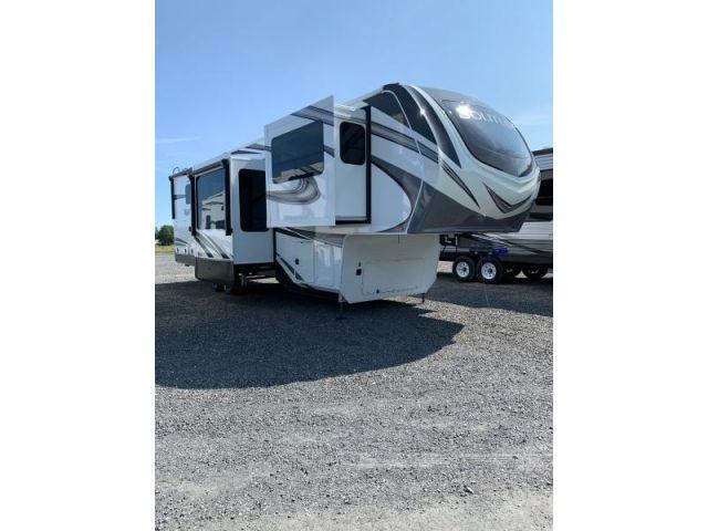 Caravanes à sellette Solitude Grand Design Solitude 346FLS