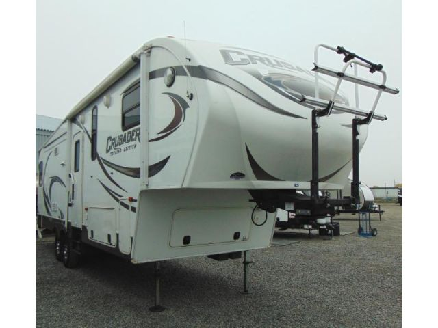 Used Prime Time Crusader FW 295RST