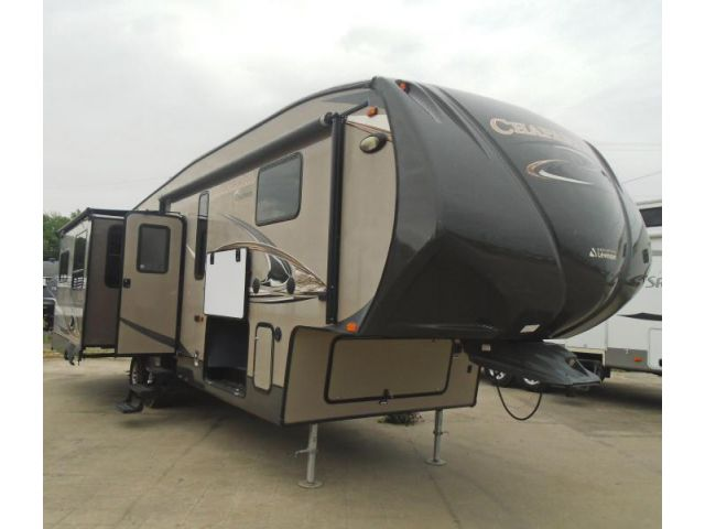Used Coachmen Chapparal FW 328RES